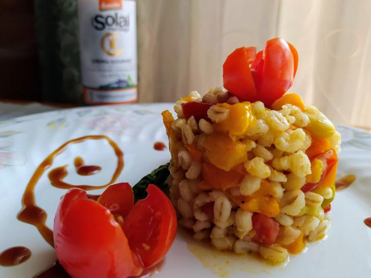 orzo con peperone, fave e pomodorini.jpg 1